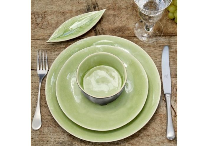 Costa Nova Riviera assiette laurel-feuille Costa Nova, vert frais (L 18 cm) VEP182HGR - Coutellerie du Jet d'eau