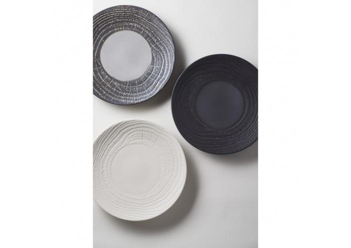 Revol Assiette plate Revol en porcelaine - Arborescence Liquorice (Ø 16 cm) RE648364 - Coutellerie du Jet d'eau